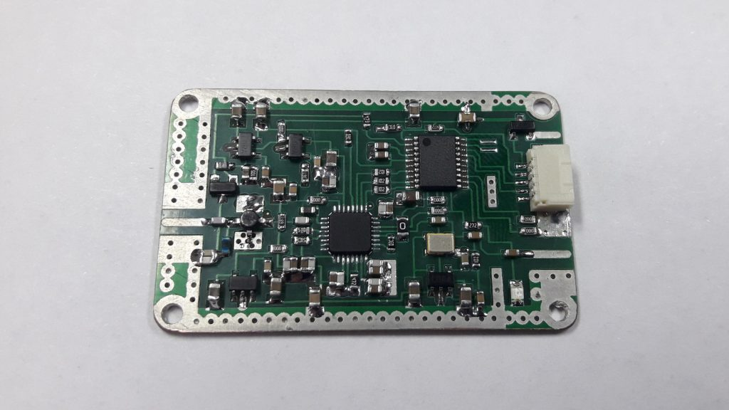 ADF4350 based PCB without a cover